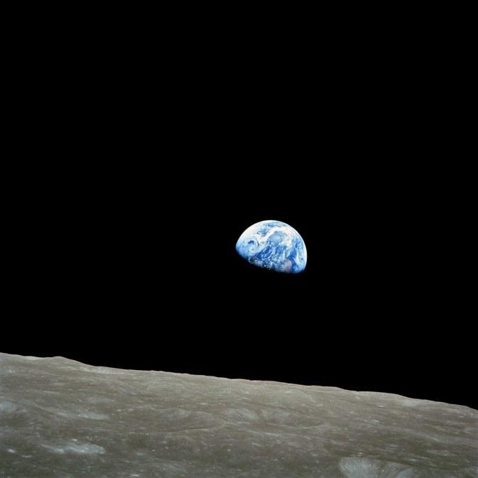 apollo-8-nasa-earthrise-1968
